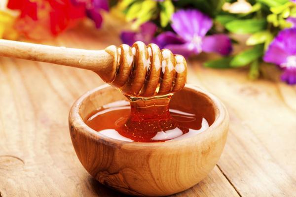 Mặt nạ dầu dừa và mật ong
