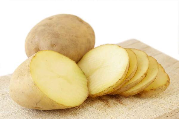 Chà xát với khoai tây