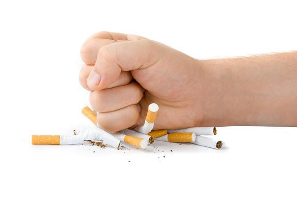 Không nhân nhượng với khói thuốc