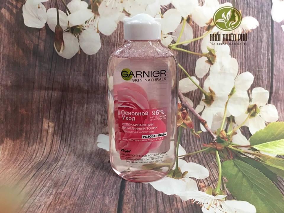Nước hoa hồng Garnier