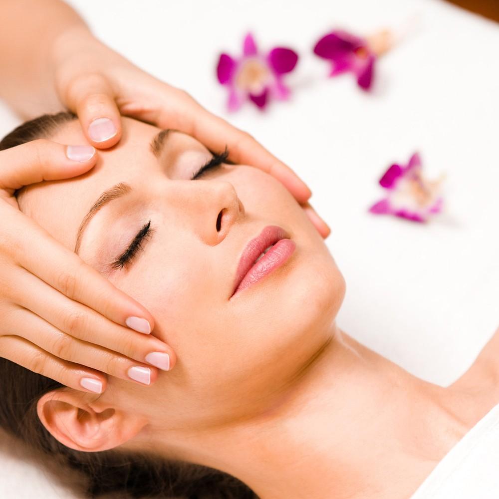 Tổng Hợp Những Lợi ích Bất Ngờ Của Massage Mặt