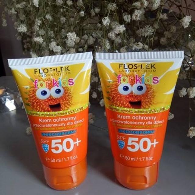 Kem chống nắng cho trẻ em Floslek  SPF 50+