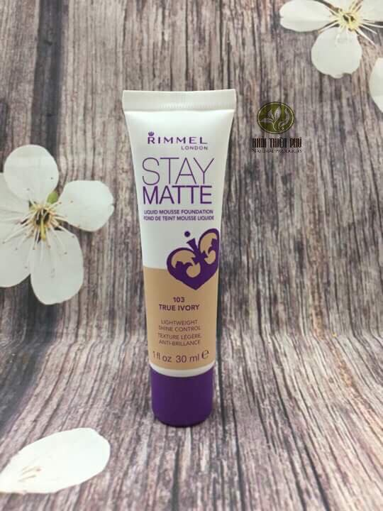 Kem nền kiềm dầu – Rimmel Stay Matte Liquid Mousse Foundation