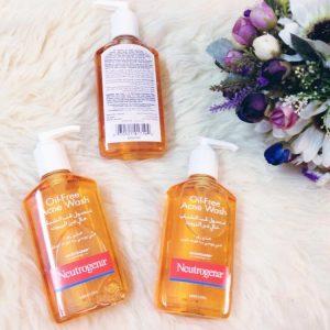 Sữa rửa mặt trị mụn Neutrogena Oil free acne wash